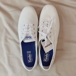 Keds | White Canvas Champions
